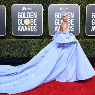 Lady Gaga aux Golden Globes 2019 dans la robe Valentino - Valentine's Pepper