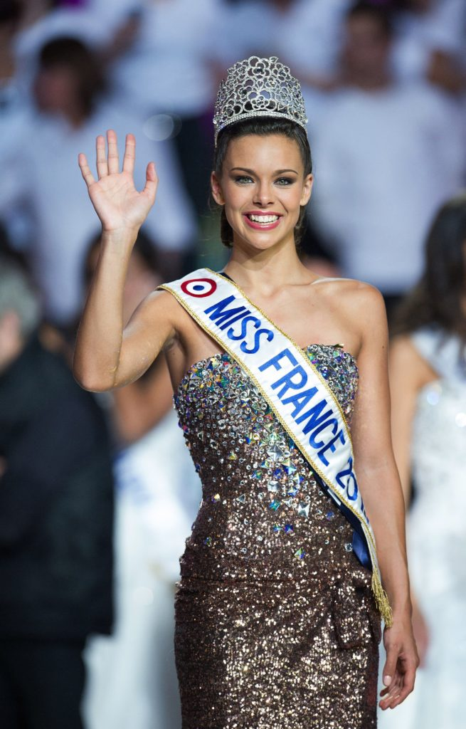 Miss Bourgogne, Marine Lorphelin élue Miss France 2013 lors de la cérémonie d'élection au Zénith de Limoges.