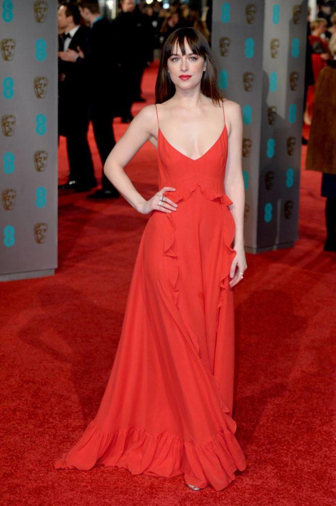 Dakota Johnson lors des BAFTA Awards, le 14 février 2016.