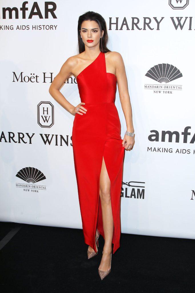 Kendall Jenner lors du Gala AmfAR 2015.