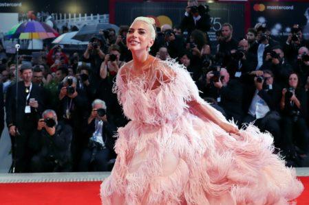 Lady Gaga devient égégrie du nouveau parfum Valentino