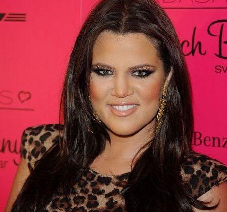 Nez Khloé Kardashian avant rhinoplastie