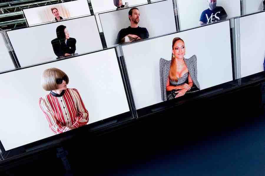Ecrans Balmain défilé ss21 Fashion Week Paris