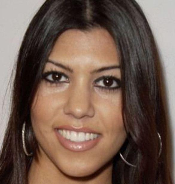 Nez Kourtney Kardashian avant rhinoplastie