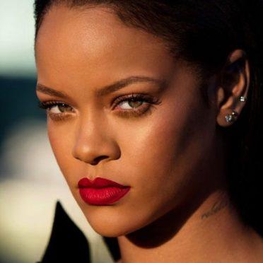 Chirurgie Rihanna