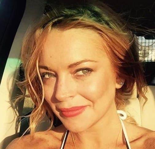 Lindsay Lohan pommettes
